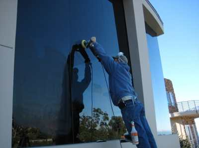 Как убрать царапины со стекла – проявляем нежность к стеклянной поверхности